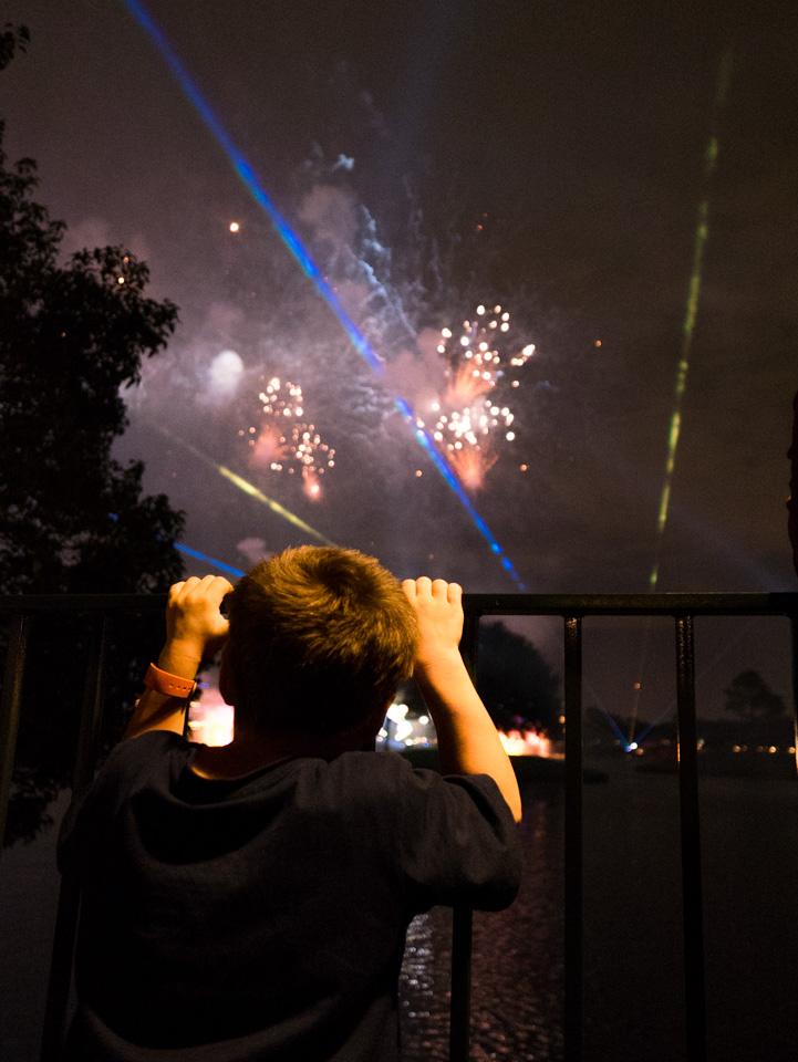 sam fireworks